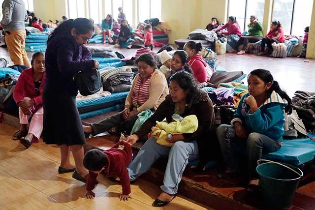 Desalojan por Franklin a 1,500 vecinos de la Sierra Nororiental