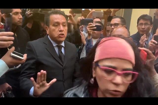 Periodista pide que la UIF investigue a Dresser y a Frida Guerrera