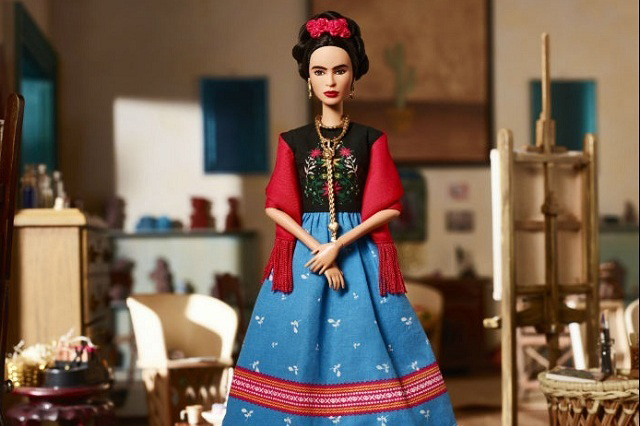 Mattel dice que sí cuenta con autorización para hacer Barbie de Frida Kahlo