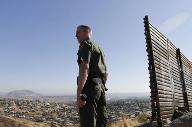 Frontera con EUA abrirá hasta el 21 de octubre, anuncia Ebrard