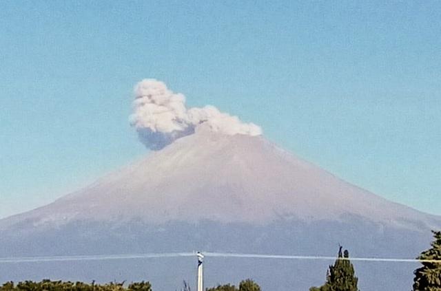 Posible caída de ceniza del volcán hacia el oeste de Puebla