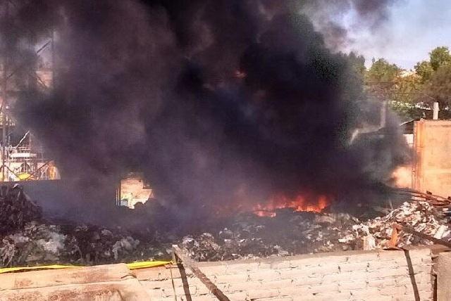 Se reaviva fuego en  depósito de desechos en  San Jerónimo Caleras
