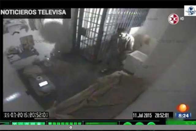 PGR reprueba filtración del video con audio de la fuga de El Chapo
