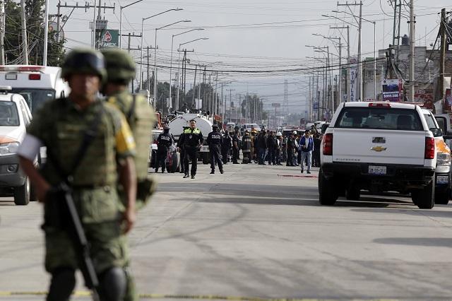 Vecinos padecen balaceras por tomas clandestinas en Villa Frontera