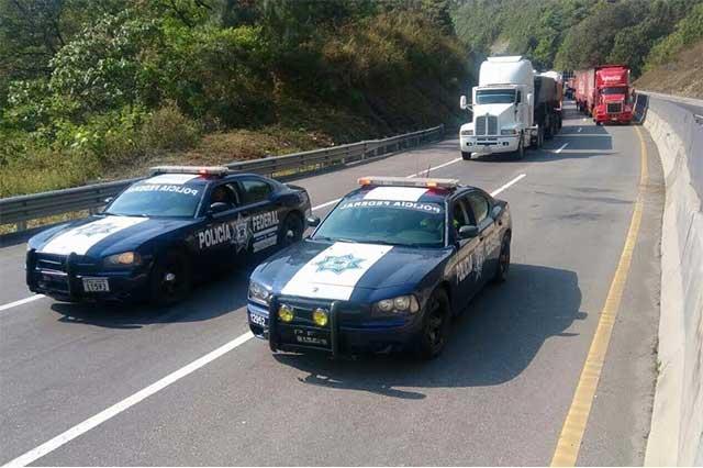 Por fuga de gas LP cierran por 6 horas la México-Tuxpan