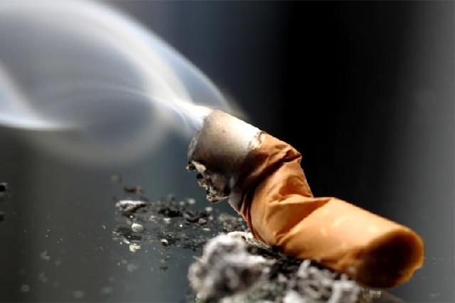 Ex fumador dice que la adicción es mental y revela cómo dejar el cigarro