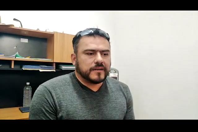 Funcionario de Tehuacán dona su sueldo para comprar despensas