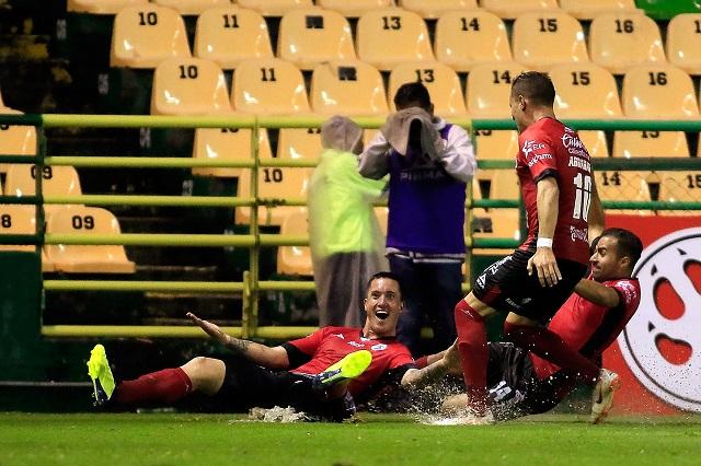 Respira Palencia tras victoria ante León