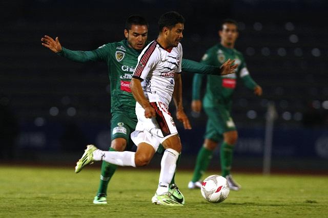 Derrota Lobos BUAP 2-1 a los Jaguares de Chiapas de Lavolpe
