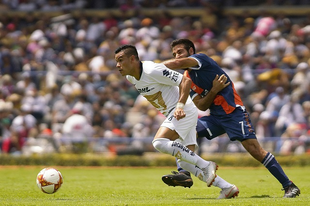 ¡Suertudos! Club Puebla saca el empate ante un tibio Pumas