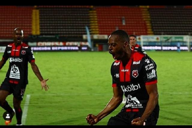 Ahora el futbol de Costa Rica podrá verse en México por TV de paga