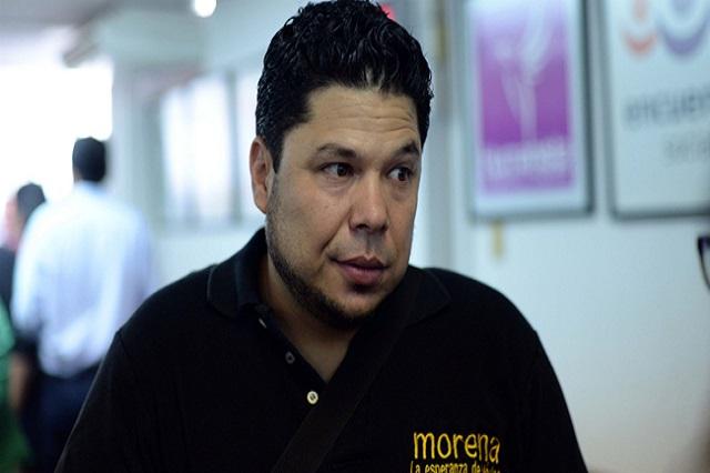 Líder de Morena pide a Congreso le otorgue la calidad de poblano