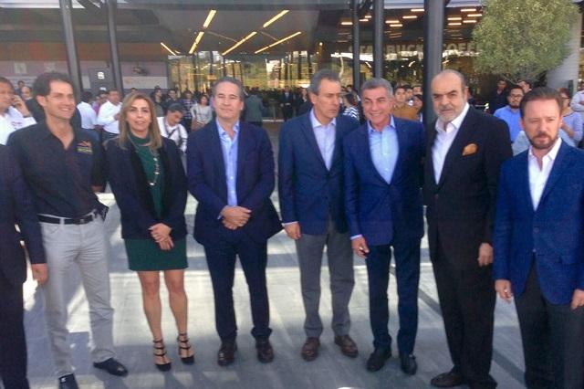Anuncian inversión de 700 mdp en  hotel y acuario en el Parque Puebla