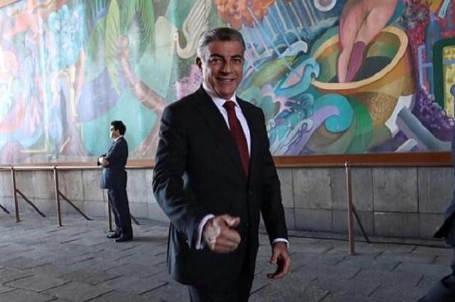 Asiste Gali a toma de protesta de AMLO como presidente de México