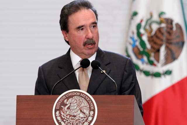 Emilio Gamboa afirma que el PRI no apoya el pase automático del procurador
