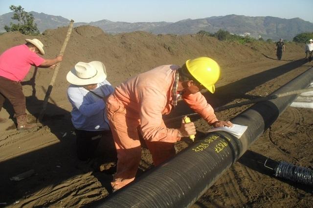 Acusan a AMLO de cambiar de discurso respecto al gasoducto