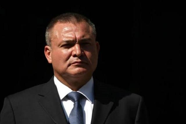 Detienen a García Luna en Texas, según periodistas de EU