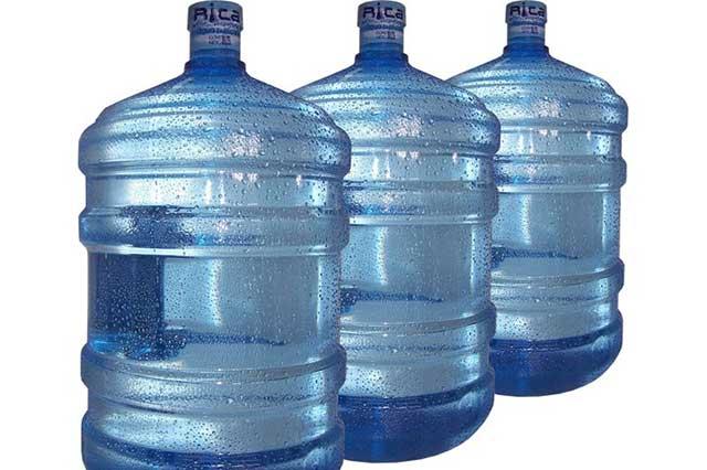 Piden garrafones vacíos para llevar agua a damnificados por sismo