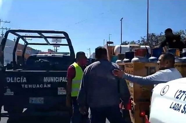 Amagan con usar la fuerza pública en protestas de gaseros en Tehuacán