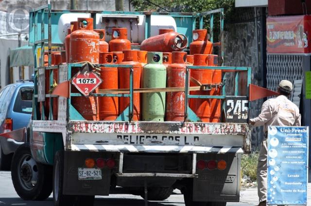 Baja centavos el gas LP en Puebla con nuevos topes