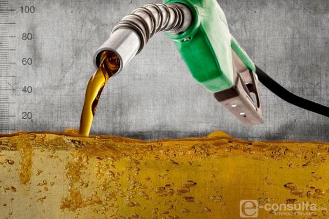 Se agrava desbasto de combustible por reparaciones de Pemex