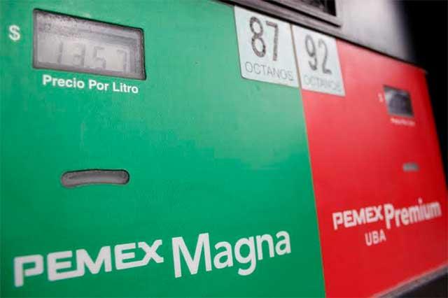 Bajarán los precios de las gasolinas a partir de 2016: SHCP