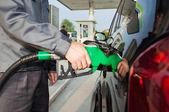 Gasolinas subieron 2.72 pesos el litro en lo que va del año