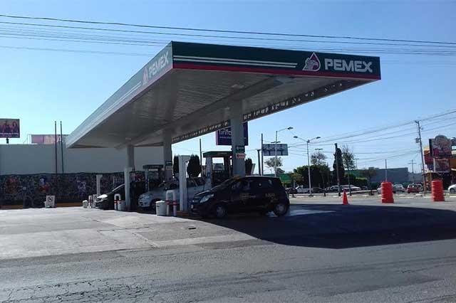 Insuficiente producción local de gasolina mantendrá altos precios