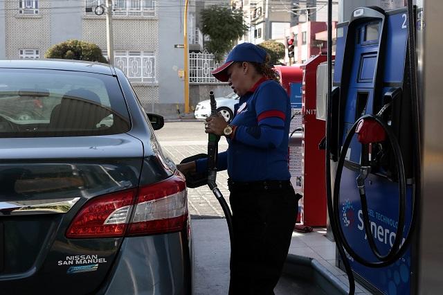 Desconocen poblanos APP para vigilar precios de la gasolina