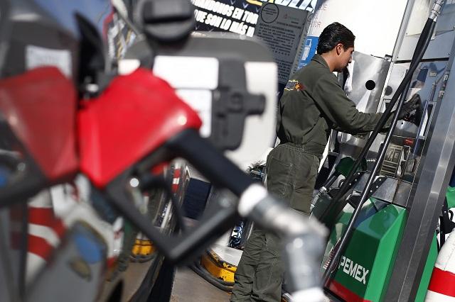 SAT y PGR revisan gasolineras por sospecha de huachicol: Gali