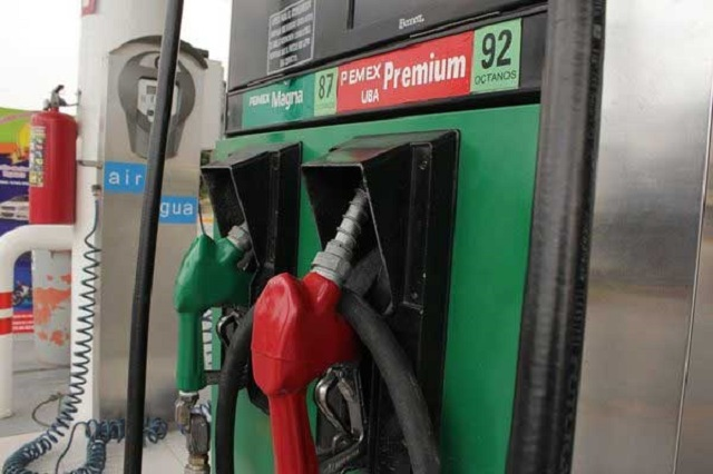 Desde este jueves, gasolineros fijarán los precios en Puebla