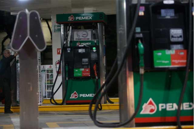 Liga SAT a 70 mil empresas con robo de combustibles