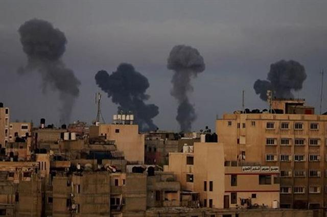 Por bombardeo en la Franja de Gaza, 10 mil buscan refugio en la ONU