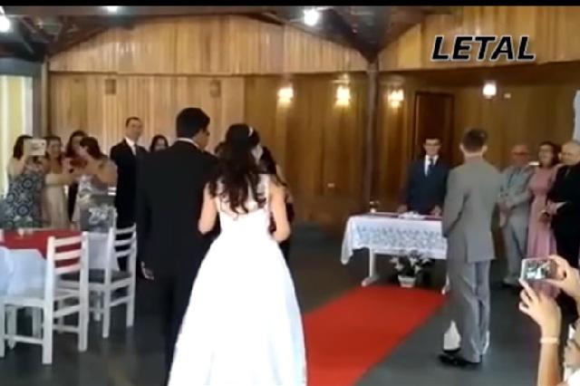 Video viral: Gemidos en boda opacan marcha nupcial y avergüenza a novios