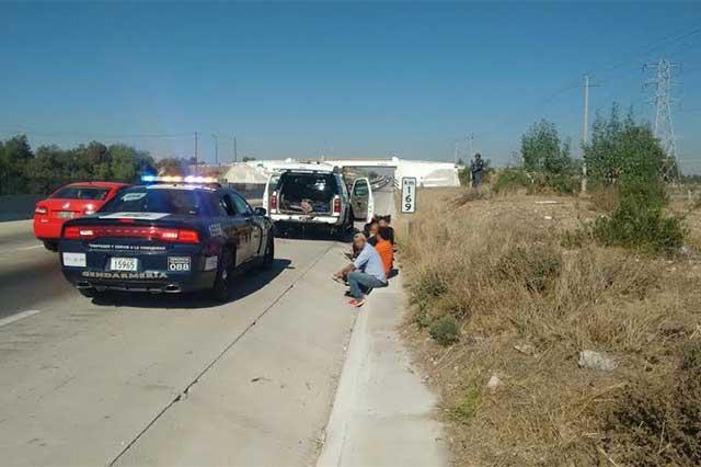 Rescata Gendarmería a 15 indocumentados salvadoreños