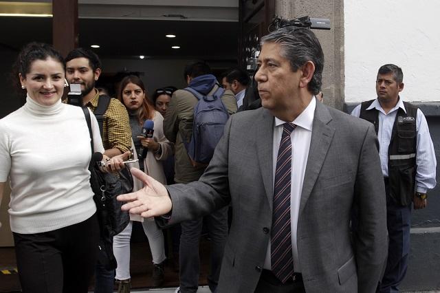 Respalda Barbosa a Higuera y descarta investigación en contra