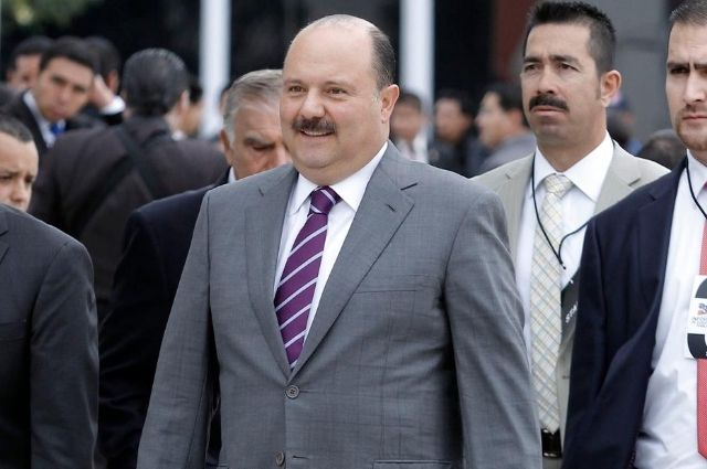 Giran orden de aprehensión contra la esposa de César Duarte