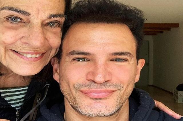 Así se despidió Julio Camejo de su madre, una de las mejores bailarinas cubanas