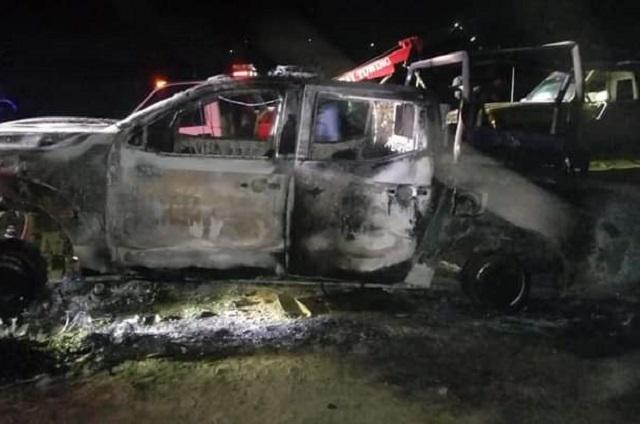 En Cañada Morelos queman patrulla de la GN y archivos oficiales