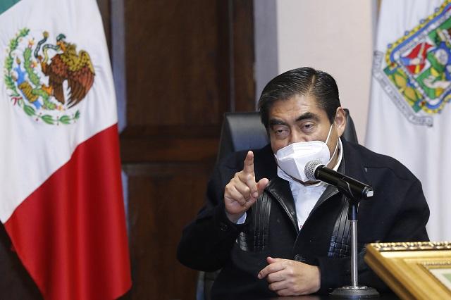 Barbosa palomea a Biestro y tacha a José Juan Espinosa