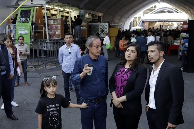 Analiza Rivera Vivanco invitación para acudir a un foro en China