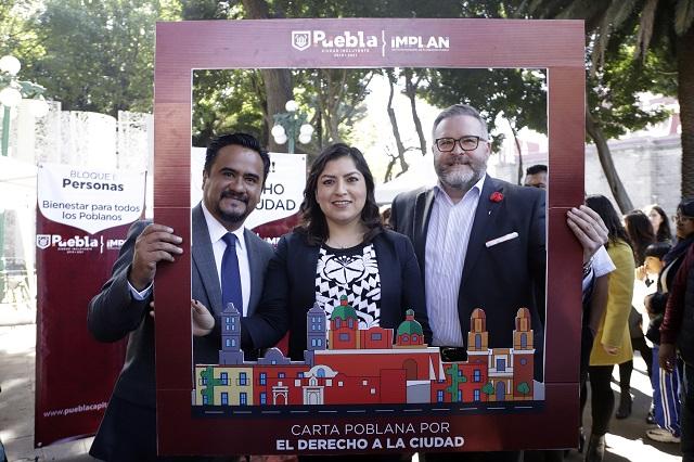 A foro climático en París va la alcaldesa Claudia Rivera