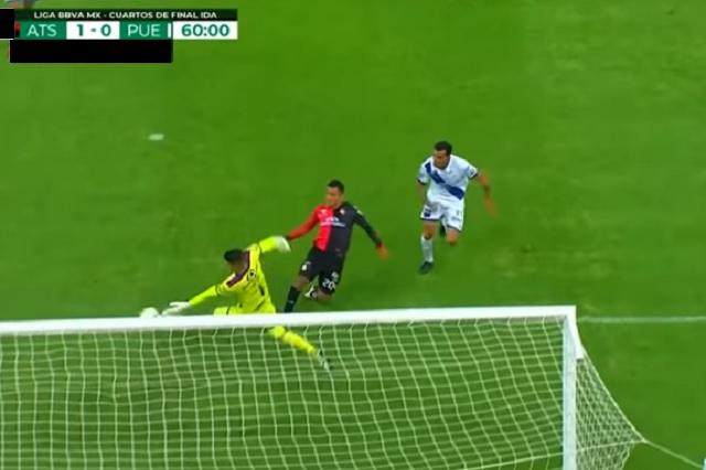 Gol de Atlas ante Puebla no debió contar, advierte Felipe Ramos