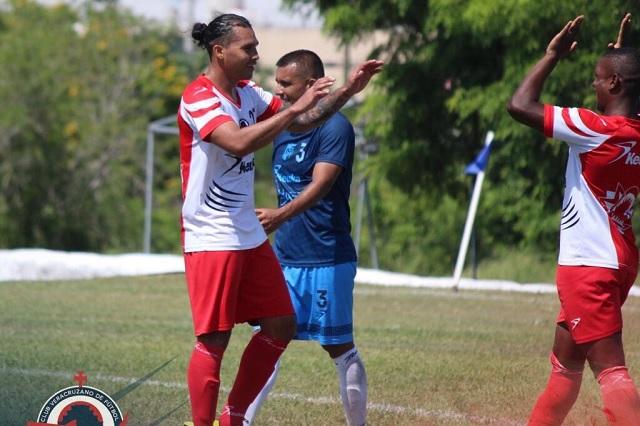 'Gullit' Peña se reencuentra con el gol luego de 3 años de sequía