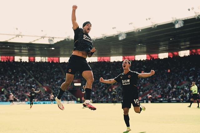 ¡Regresó el lobo mayor! Jiménez anota un golazo en Premier League