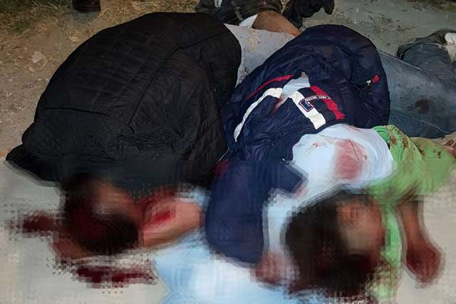 Por poco queman vivos a dos hombres en Lomas de San Miguel