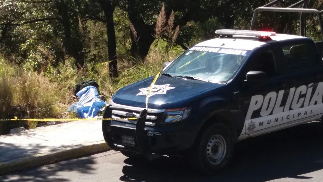 Hallan cadáveres de dos hombres asesinados a golpes