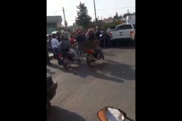 A golpes, ministeriales de Veracruz detienen a un hombre en Puebla