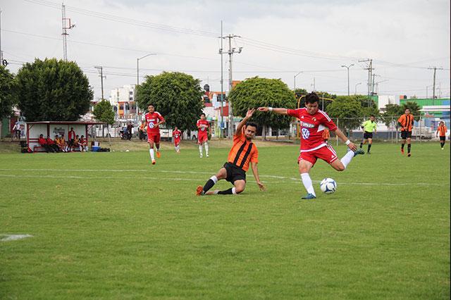 Soccer UPAEP termina semestre derrotando 3-1 a la U. Interamericana