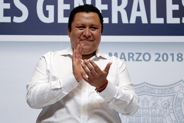 Admite candidato de CPP que panistas operan en su campaña